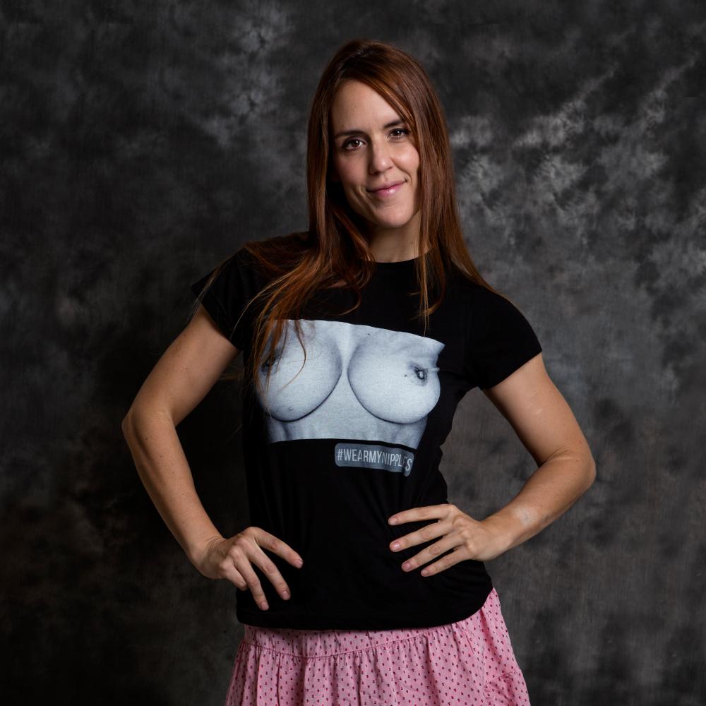 WEARMYNIPPLES BLACK camiseta anti-censura by Sandra Torralba